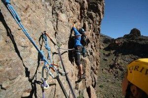 Trad climbing with El Ocho Climbing School