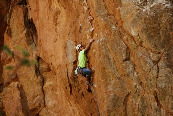 Victor pushing the limit over Gofio canario - 7b+